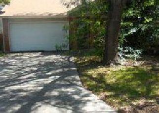 Casa en ejecución hipotecaria in San Antonio, TX, 78250,  VALLEY MOSS ID: F4014121