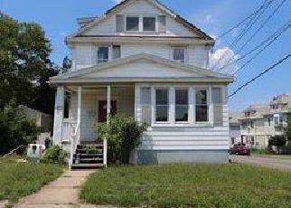 Casa en ejecución hipotecaria in North Brunswick, NJ, 08902,  LEE AVE ID: F4014689