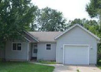Casa en ejecución hipotecaria in Hartford, MI, 49057,  S MAPLE ST ID: F4014891