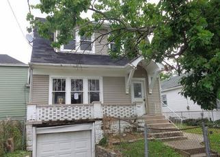 Casa en ejecución hipotecaria in Latonia, KY, 41015,  MABLE AVE ID: F4015248