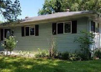 Casa en ejecución hipotecaria in Portage, IN, 46368,  GAYWOOD AVE ID: F4015380