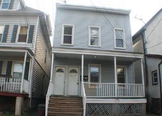 Casa en ejecución hipotecaria in Elizabeth, NJ, 07201,  JACKSON AVE ID: F4015722