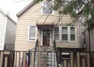 Casa en ejecución hipotecaria in Chicago, IL, 60639,  N AUSTIN AVE ID: F4016078