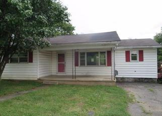 Foreclosure Home in Paris, KY, 40361,  OLD MILLERSBURG RD ID: F4017426