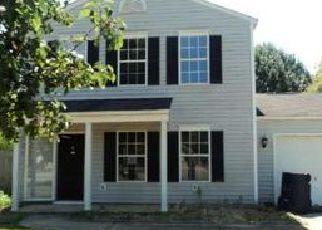 Casa en ejecución hipotecaria in Simpsonville, SC, 29680,  HIDEAWAY CT ID: F4018275