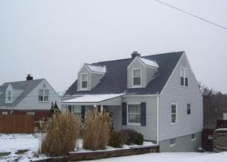 Casa en ejecución hipotecaria in Westmoreland Condado, PA ID: F4018422