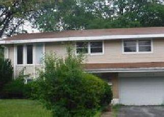 Casa en ejecución hipotecaria in Hazel Crest, IL, 60429,  CHESTNUT DR ID: F4019478