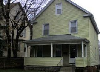 Casa en ejecución hipotecaria in Middletown, CT, 06457,  BURR AVE ID: F4020127