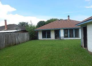 Casa en ejecución hipotecaria in Houston, TX, 77067,  GRAYLING LN ID: F4021531