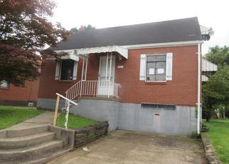 Casa en ejecución hipotecaria in Pittsburgh, PA, 15227,  SCHIECK ST ID: F4022474