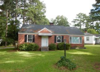 Casa en ejecución hipotecaria in Wilson, NC, 27893,  FAIRFAX AVE NE ID: F4024980