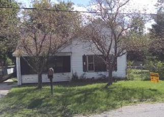 Casa en ejecución hipotecaria in Hartford, MI, 49057,  HEYWOOD ST ID: F4026001