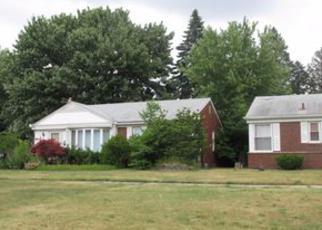 Casa en ejecución hipotecaria in Redford, MI, 48239,  W PARKWAY ST ID: F4026006