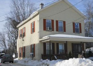 Casa en ejecución hipotecaria in Fitchburg, MA, 01420,  BURNAP ST ID: F4026022