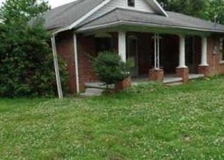 Casa en ejecución hipotecaria in Paducah, KY, 42003,  BENTON RD ID: F4026752