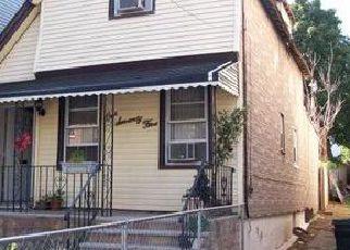 Casa en ejecución hipotecaria in Jersey City, NJ, 07305,  RANDOLPH AVE ID: F4027670