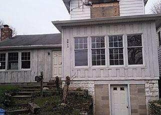 Casa en ejecución hipotecaria in Latonia, KY, 41015,  LESLIE AVE ID: F4027848