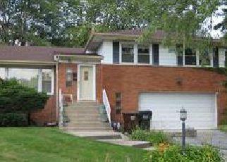 Casa en ejecución hipotecaria in Hazel Crest, IL, 60429,  WOODWORTH PL ID: F4027895