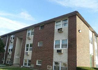 Casa en ejecución hipotecaria in Pawtucket, RI, 02860,  WOODBINE ST ID: F4028459