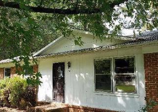 Casa en ejecución hipotecaria in Sanford, NC, 27330,  ORIOLE CIR ID: F4029250