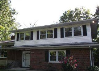 Casa en ejecución hipotecaria in Floyd Condado, IN ID: F4030897