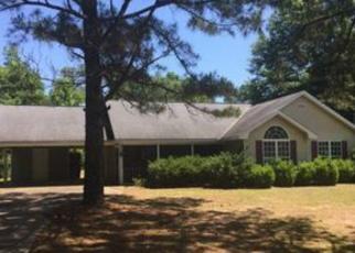 Casa en ejecución hipotecaria in Fort Mitchell, AL, 36856,  POPE ST ID: F4032509