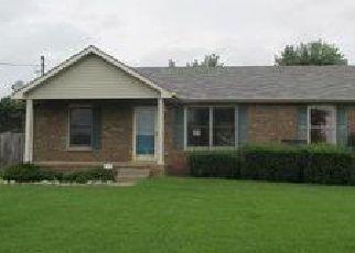 Casa en ejecución hipotecaria in Oak Grove, KY, 42262,  CARBONDALE DR ID: F4032554