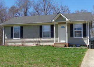 Casa en ejecución hipotecaria in Oak Grove, KY, 42262,  ARTIC AVE ID: F4034419
