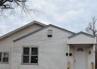 Casa en ejecución hipotecaria in El Reno, OK, 73036,  S MAHAN AVE ID: F4034818