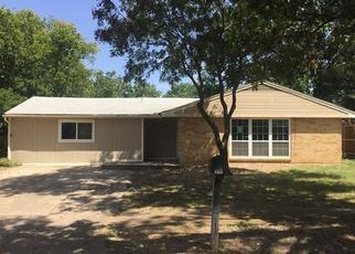 Casa en ejecución hipotecaria in Arlington, TX, 76010,  KELLY TER ID: F4035451