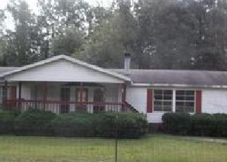 Casa en ejecución hipotecaria in Saint Pauls, NC, 28384,  SHAW MILL RD ID: F4035865
