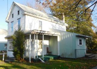 Casa en ejecución hipotecaria in Williamstown, NJ, 08094,  CLAYTON RD ID: F4037290