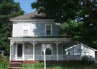 Casa en ejecución hipotecaria in Dover Foxcroft, ME, 04426,  HARRISON AVE ID: F4037430