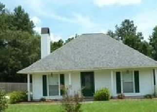 Foreclosure Home in Denham Springs, LA, 70706,  GREENVILLE AVE ID: F4037437