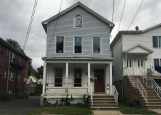 Casa en ejecución hipotecaria in Elizabeth, NJ, 07208,  ORCHARD ST ID: F4038852
