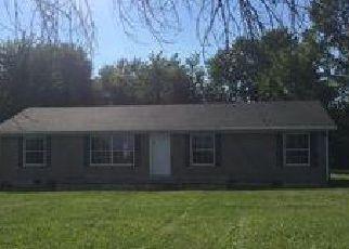 Casa en ejecución hipotecaria in Madison Condado, IN ID: F4039315