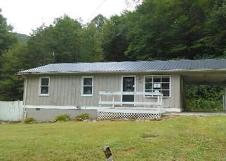 Casa en ejecución hipotecaria in Floyd Condado, KY ID: F4039911