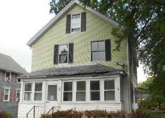 Casa en ejecución hipotecaria in Cumberland, RI, 02864,  DAVIS ST ID: F4040307