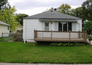 Casa en ejecución hipotecaria in Fargo, ND, 58102,  OAK ST N ID: F4040495