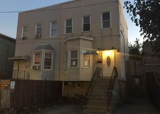 Casa en ejecución hipotecaria in Union City, NJ, 07087,  15TH ST ID: F4040644