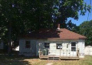 Casa en ejecución hipotecaria in Westbrook, ME, 04092,  BROWN ST ID: F4040978