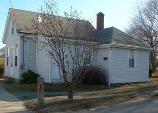 Casa en ejecución hipotecaria in Westerly, RI, 02891,  OAK ST ID: F4041486