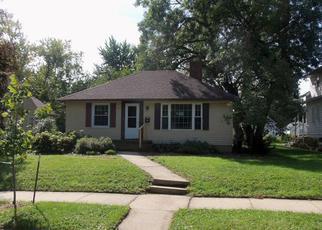 Casa en ejecución hipotecaria in Rochester, MN, 55904,  10 1/2 ST SE ID: F4041810
