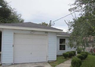 Casa en ejecución hipotecaria in Jacksonville, FL, 32208,  WAKEFIELD AVE ID: F4042067