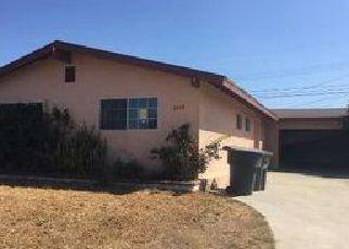 Casa en ejecución hipotecaria in Oxnard, CA, 93033,  S L ST ID: F4042306