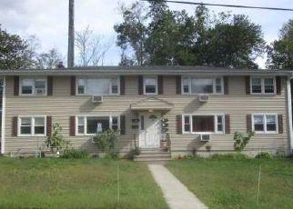 Foreclosure Home in North Smithfield, RI, 02896,  GLEN AVE ID: F4042801