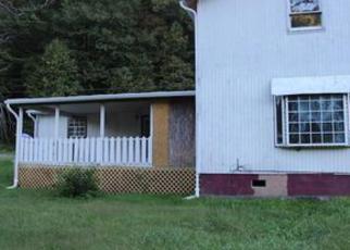 Casa en ejecución hipotecaria in Harlan Condado, KY ID: F4045757