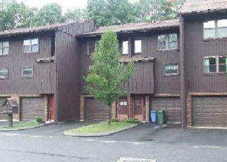 Casa en ejecución hipotecaria in Meriden, CT, 06450,  NATCHAUG DR ID: F4046035