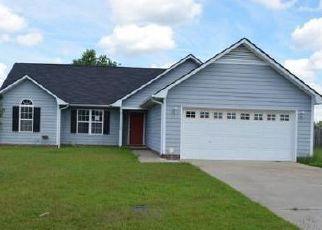 Casa en ejecución hipotecaria in Raeford, NC, 28376,  SANDY BOTTOM LN ID: F4047856