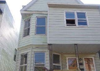 Casa en ejecución hipotecaria in Jersey City, NJ, 07305,  RUTGERS AVE ID: F4047994